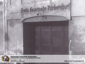 1879 - Erstes Feuerwehrhaus